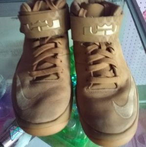Tan Nike high top